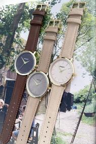 """Ernest horloge """"Goldy Gwen"""" taupe"""