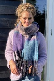 """Sjaal """"Sue"""" violet"""