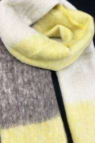 """Sjaal """"Nour"""" geel"""